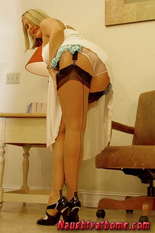 desirae spencer full panties sheer full fashioned stockings