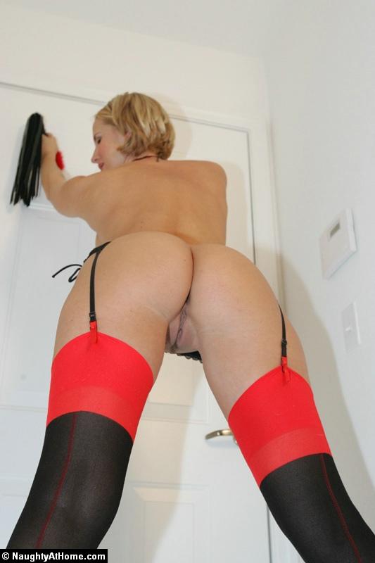 http://www.naughtyathome.com/galleries/redhotcubanheel/images/schoolgirl-027.jpg